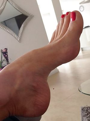 Does anyone have higher arches than mine?